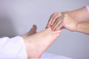 Cómo mimar tus pies; consejos para cuidar de ellos